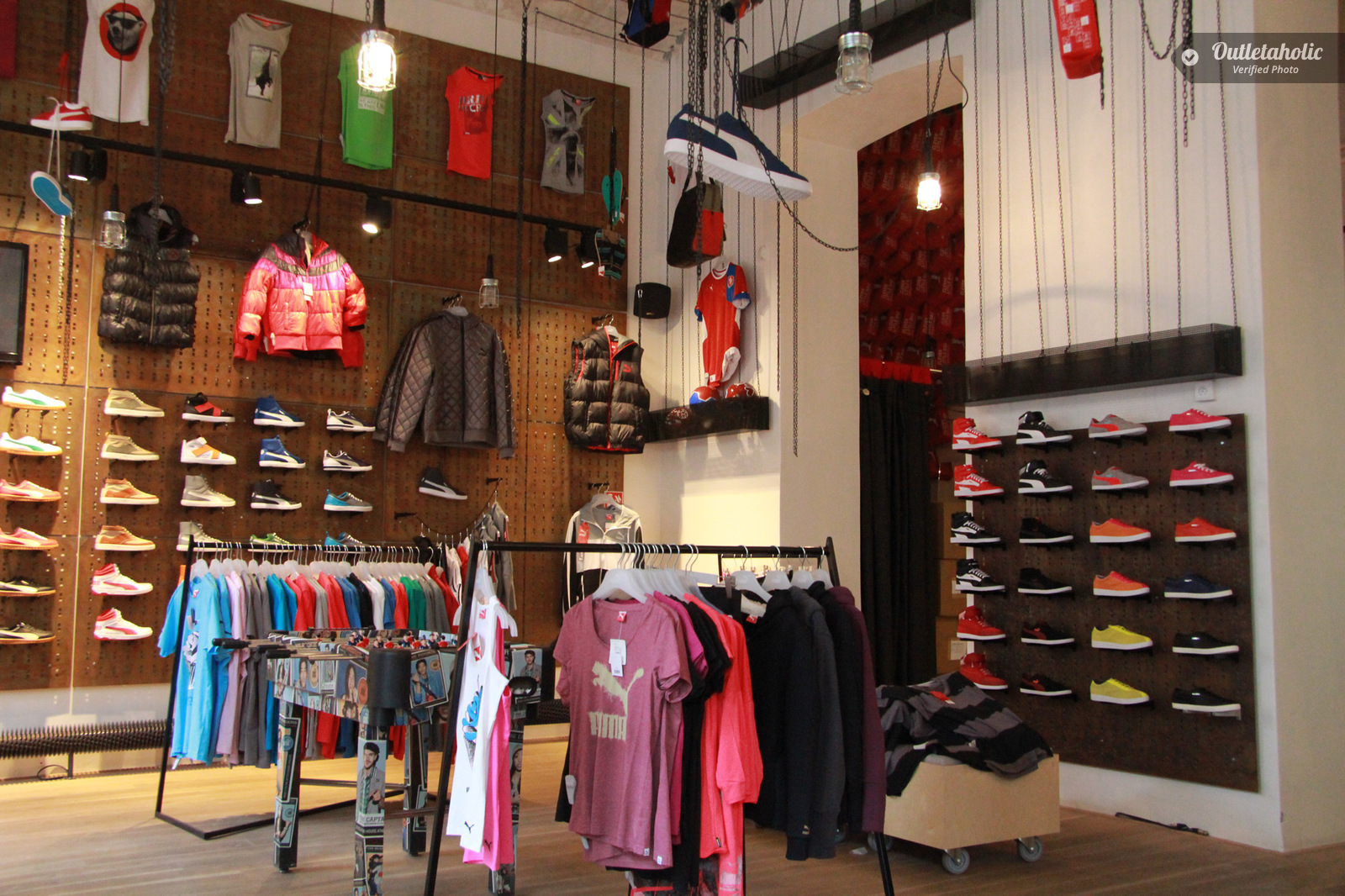Photos of Puma Outlet, Palmanova Outlet Village — Friuli-Venezia ...