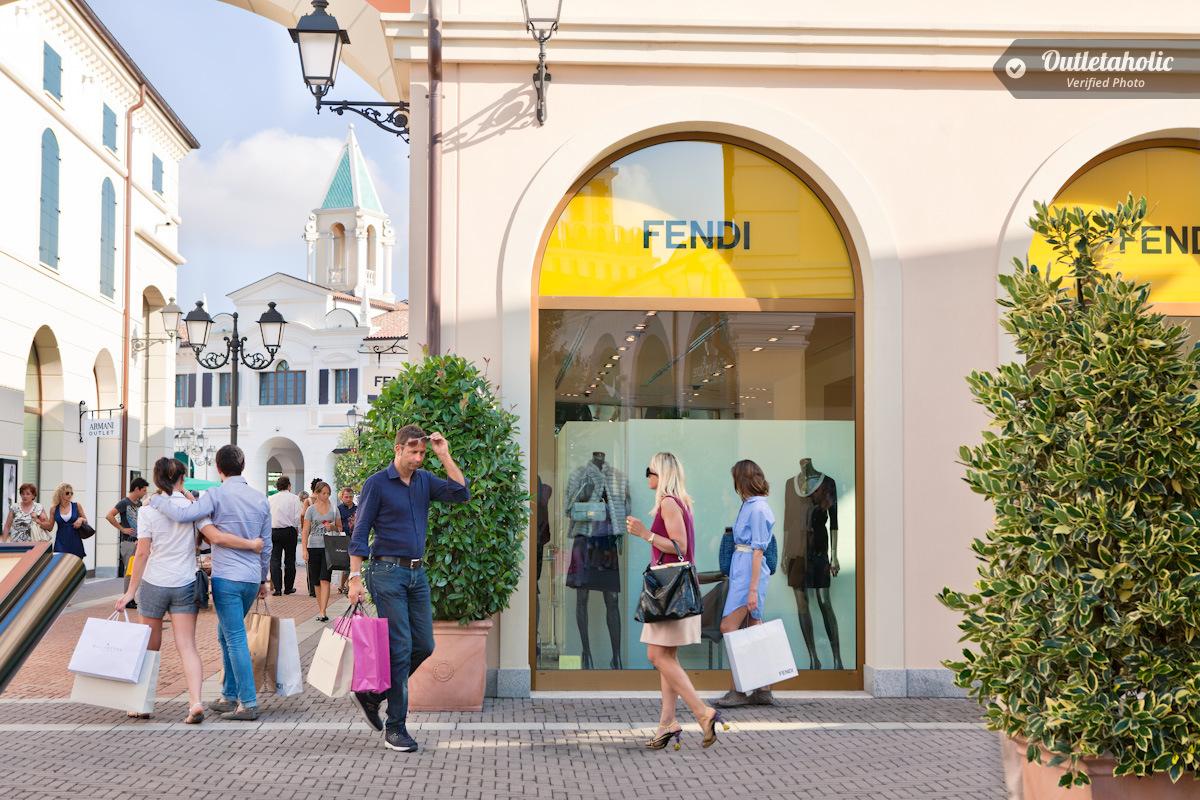 Photos of Noventa Di Piave Designer Outlet — Veneto, Italy ...