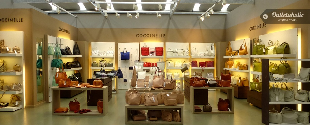 Photos of Coccinelle Outlet, Big & Chic: San Marino Factory Outlet ...